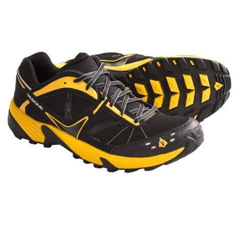 Vasque Mindbender Trail Running Shoes (For Men) in Jet Black/Old Gold