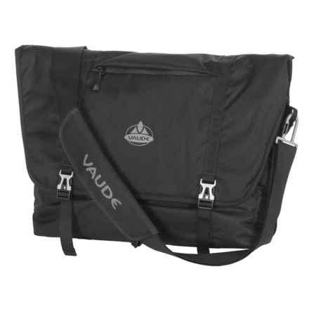 Vaude Arik Messenger Bag - Large in Black - Closeouts