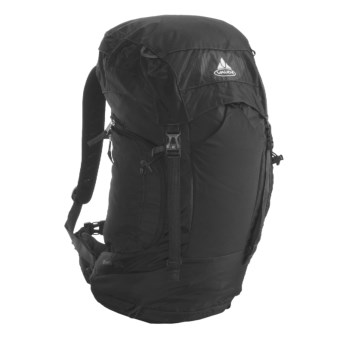 Vaude Brenta 30 Backpack - Internal Frame in Black