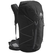 Vaude Rock Ultralight 35 Backpack - Internal Frame in Black - Closeouts