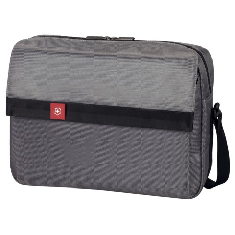 Victorinox Swiss Army Avolve Commuter Brief Bag in Graphite