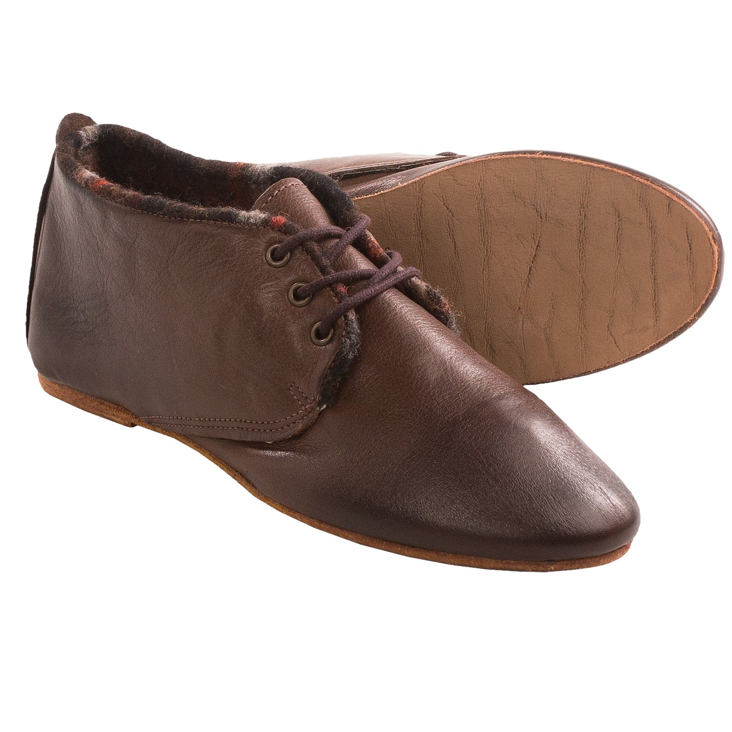 Model Born Ofelia Bay Vintage TStrap Shoes For Women In Bay Brown