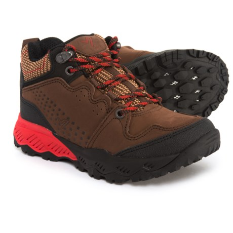 Vionic Everett Mid Walking Shoes - Nubuck (For Women) in Brown/Red