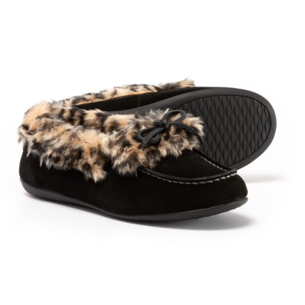 a3edc363ea92fa Clearance. Vionic Orthaheel Technology Juniper Slippers (For Women) in  Black - Closeouts