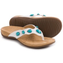 Vionic with Orthaheel Technology Eve II Flip-Flops (For Women) in White - Closeouts
