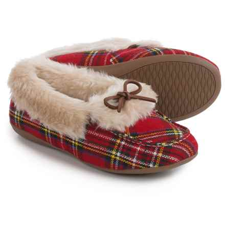 Vionic with Orthaheel Technology Juniper Slippers (For Women) in Red Plaid - Closeouts