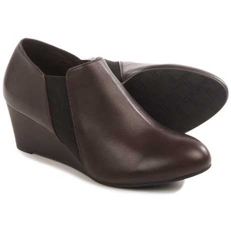 Vionic with Orthaheel Technology Stanton Ankle Boots - Leather, Wedge Heel (For Women) in Java Leather