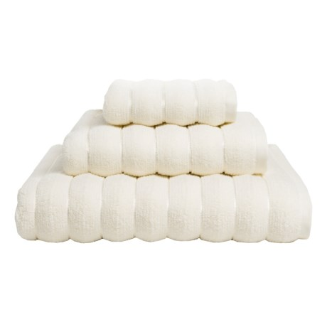Vista Home Fashions Vague Collection Hand Towel - Turkish Zero-Twist Cotton in Cream