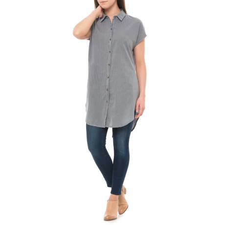 Wearables by XCVI Fernanda Tunic Shirt - Short Sleeve (For Women) in Scarborough Pigment