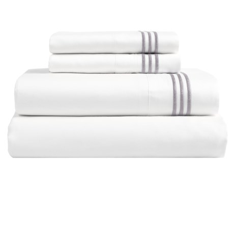 Westport Home Triple Merrow Stitch Sheet Set - 300 TC Cotton, Queen in Platinum