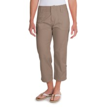 White Sierra Canyon Cargo Capris (For Women) in Bark - Closeouts