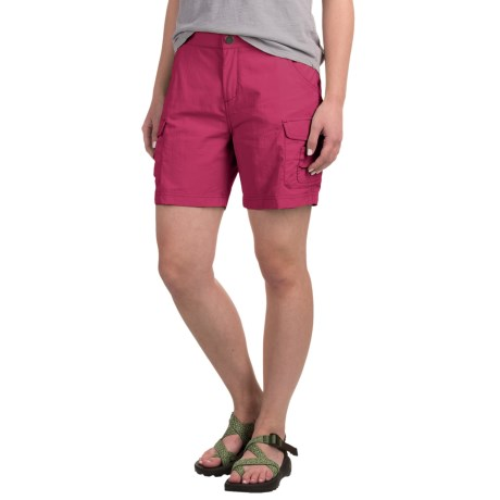 White Sierra Crystal Cove Shorts - UPF 30 (For Women) in Raspberry