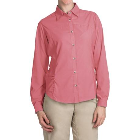 White Sierra Gobi Desert Shirt - UPF 30, Convertible Long Sleeve (For Women) in Coral
