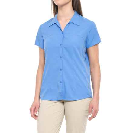 White Sierra Gobi Desert Shirt - UPF 30, Short Sleeve (For Men) in Provence Blue - Closeouts