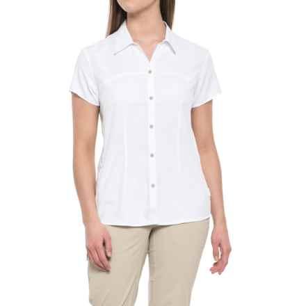 White Sierra Gobi Desert Shirt - UPF 30, Short Sleeve (For Women) in White - Closeouts