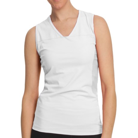 White Sierra In Play Tank Top (For Women) in White