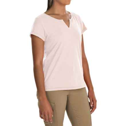 White Sierra Kylie Shirt - Organic Cotton, Short Sleeve (For Women) in White Alyssum - Closeouts