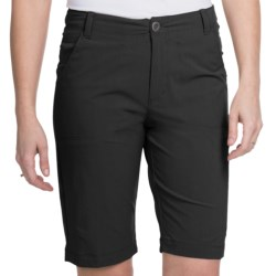 White Sierra Lakeport Bermuda Shorts (For Women) in Bark