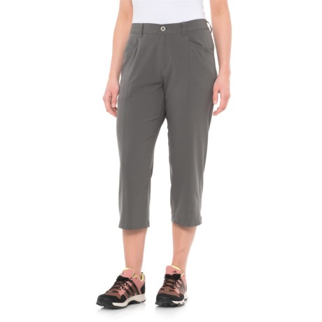 White Sierra Mendocino Stretch Capris (For Women) in Castlerock