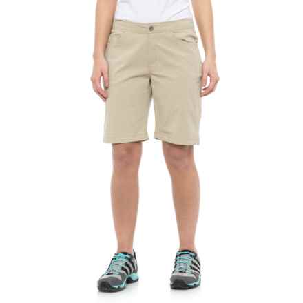 White Sierra Mount Shasta Stretch Shorts (For Women) in Stone - Closeouts