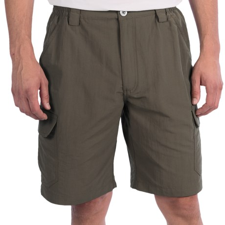 White Sierra Rocky Ridge Shorts (For Men) in Tarmac