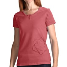 White Sierra Sugarloaf Henley T-Shirt - Short Sleeve (For Women) in Lipstick - Closeouts