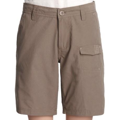 White Sierra Ward Creek Shorts (For Women) in Bark