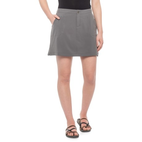 c7be83813 White Sierra West Loop Skort (For Women) in Castlerock