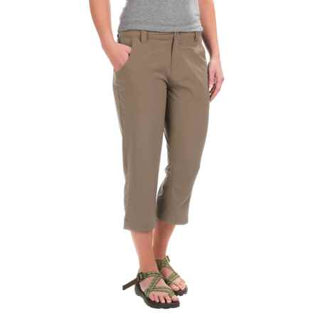White Sierra West Loop Trail Capris (For Women) in Bark - Closeouts