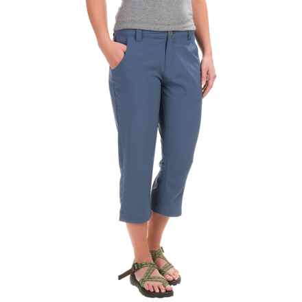 White Sierra West Loop Trail Capris (For Women) in Vintage Indigo - Closeouts