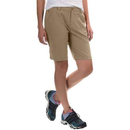 White Sierra West Loop Trail Shorts (For Women) in Bark - Closeouts