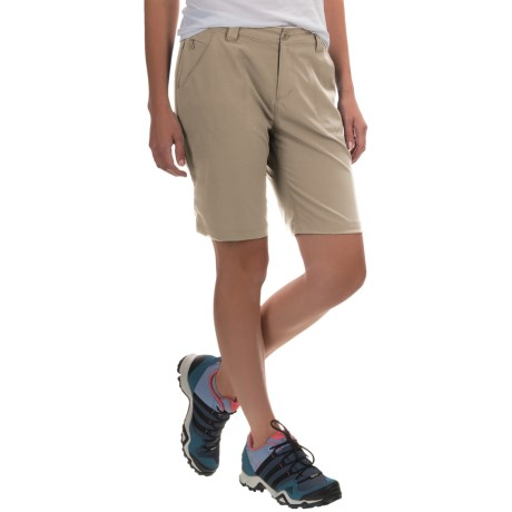 White Sierra West Loop Trail Shorts (For Women) in Stone
