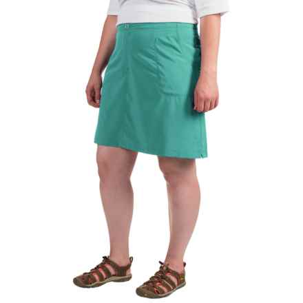 White Sierra West Loop Trail Skort (For Plus Size Women) in Viridian Green - Closeouts