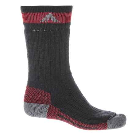 Wigwam Canada II Socks - Mid-Calf (For Men and Women) in Black - 2nds