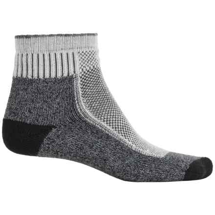 Wigwam Cool Lite Hiker Pro Socks - CoolMax®, Quarter Crew (For Men and Women) in Black/Charcoal - 2nds