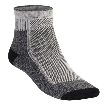 Wigwam Cool Lite Hiker Pro Socks - Quarter Crew (For Men and Women) in Natural/Charcoal Heather