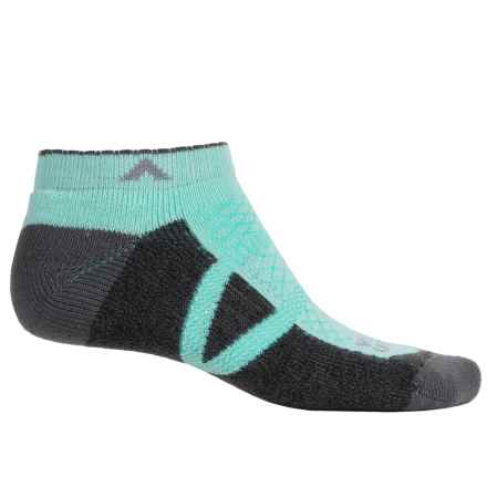 Wigwam I-CL2 Hike Pro Low Socks - Below the Ankle (For Men and Women) in Yucca - 2nds