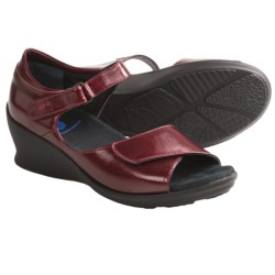 Wolky Ardor Wedge Sandals (For Women) in Wine Patent