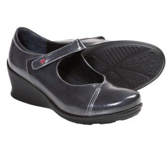 Wolky Hume Wedge Mary Janes (For Women) in Grey Patent