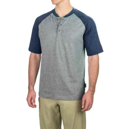 Wolverine Brower Tech Henley Shirt - Short Sleeve (For Men) in Navy - Overstock