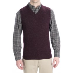 Woolrich Beacon Sweater Vest - Shetland Wool (For Men) in Dark Mulberry