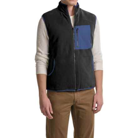 Woolrich Boysen Reversible Vest (For Men) in Black - Closeouts