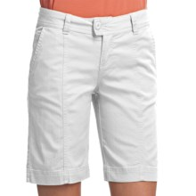 Woolrich Campbell Falls Twill Shorts - Stretch Cotton Slub (For Women) in White - Closeouts