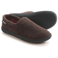 Woolrich Chatham Run Fleece Slippers (For Men) in Chocolate - Closeouts