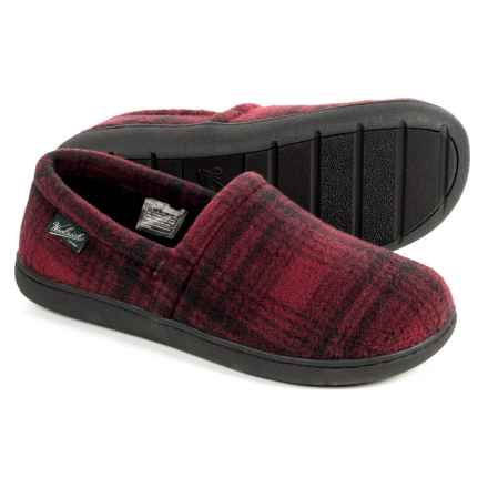 Woolrich Chatham Run Fleece Slippers (For Men) in Red Hunting Plaid - Closeouts