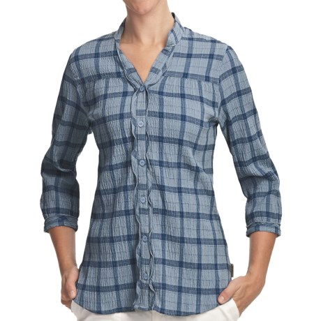 Woolrich Crystal Mountain Shirt - UPF 15, 3/4 Sleeve, Stretch Cotton Seersucker (For Women) in Light Blue Moon