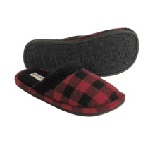 Woolrich Evergreen II Fleece Slippers (For Women) in Buffalo Plaid - Closeouts