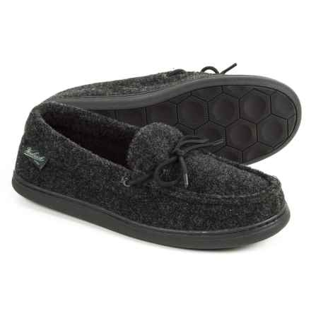 Woolrich Lewisburg Moccasins (For Men) in Charcoal Fleece - Closeouts