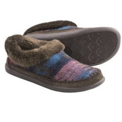 Woolrich Lucy Creek Slipper Shoes (For Women) in Shale