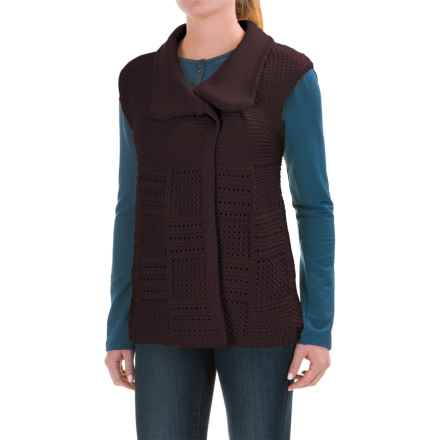 Woolrich Poppy Ridge Sweater Vest (For Women) in Burgundy - Closeouts